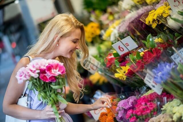 Bật mí bí quyết cách giữ hoa tươi lâu cho ba