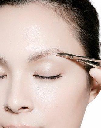 Hướng dẫn cách tỉa lông mày ngang cực xinh cho các nà