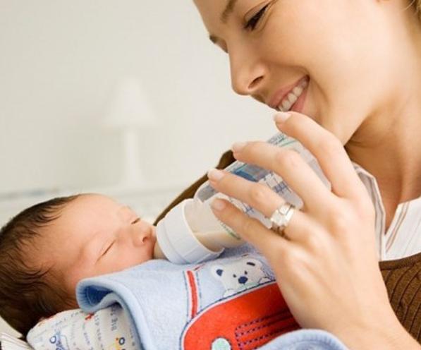 Hướng dẫn bí quyết cách trị nấc ở trẻ sơ sinh đơn giản