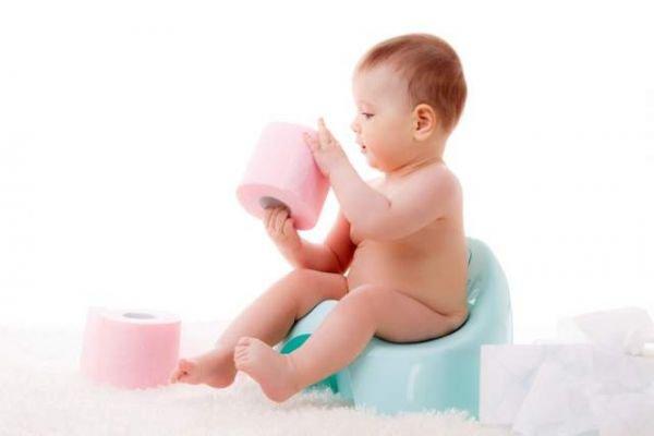 Hướng dẫn bí quyết mẹ có nên xi trẻ sơ sinh khi đi ngoài không