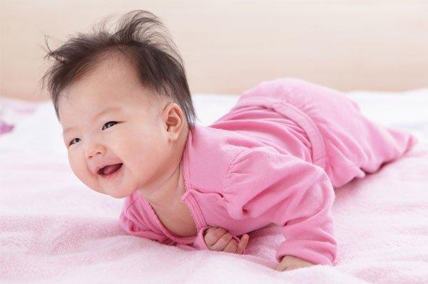 Hướng dẫn cách chăm sóc trẻ 3-4 tháng tuổi