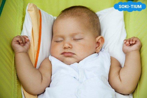 Hướng dẫn trẻ sơ sinh có nên nằm gối hay không