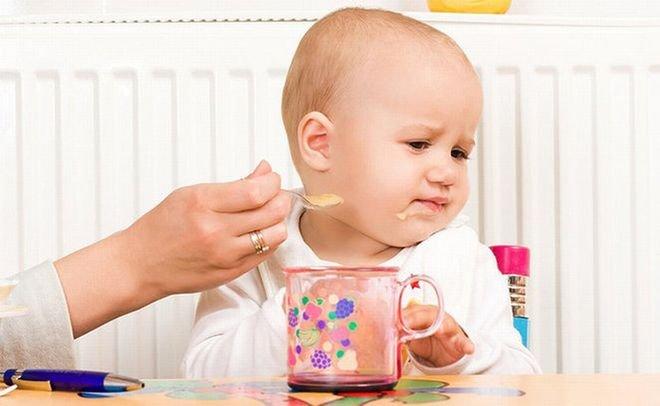 Sổ tay phát triển của trẻ 13 tháng tuổi hàng ngày