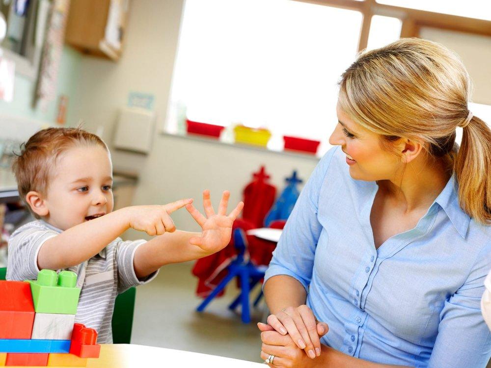 Quy tắc 5 ngón tay điều mà cha mẹ cần phải dạy cho trẻ